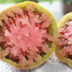 Reifes Innere der Reinhard Chocoble Tomate