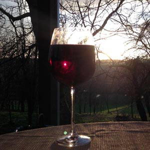 Sonne im Rotwein