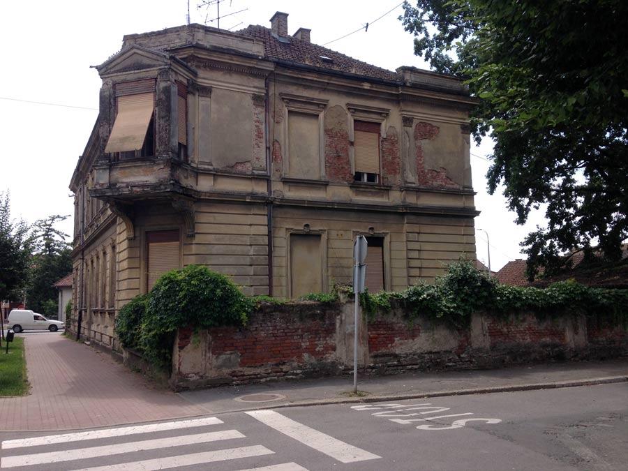 Sanierungsbedürftiges Stadthaus in Bjelovar.