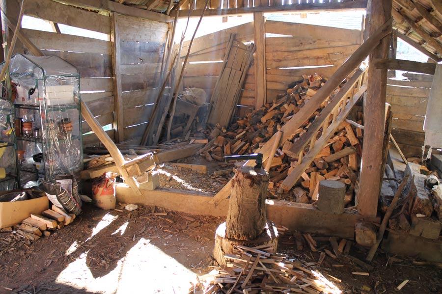 Brennholz im Stadl