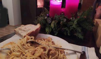 Paprikaspaghetti in der Adeventszeit